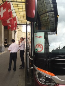 der-bus-steht-bereit